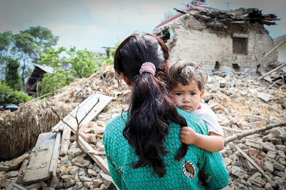 deprem-anne-cocuk-yikim-dogal-afet-1